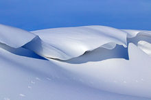 Amazing Snowdrifts